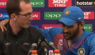 Captain cool MS Dhoni makes fun of journalist over retirement question