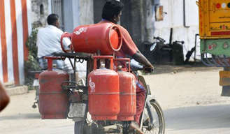 21 rupees hiked on LPG price sweats people after  Petrol and Diesel