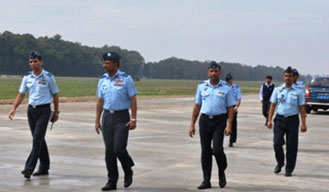 Air Vice Marshal reviews projects in Gorakhpur Air Force base