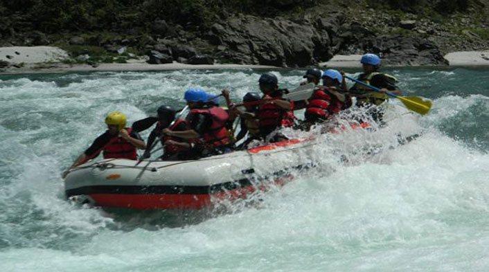 NGT seeks action against rampant river rafting camps on Ganga Banks
