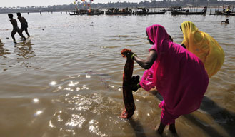 Army personnel roped in to help clean River Ganga