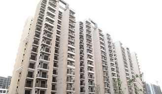 18 apartments robbed off in Gaur City housing society