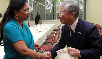 You too may get more Japanese investment: Shinzo Abe tells CM Raje