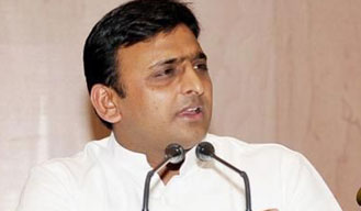 Akhilesh to take a dig at Gandhinagar over removal of posters put up by UP