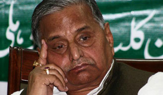 SP chief's grand b'day bash bill demanded by BJP