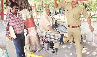 UP cop abused 65-year-old man, smashed his typewriter, gets suspended