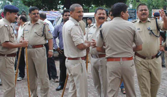 Kanpur Police to solve cases with the help of Mobile forensic van
