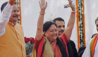 Rajasthan CM Raje assures support to farmers