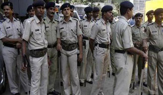 No filmy uniforms or facebook for UP cops