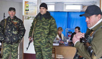 Ukrainian rebels go ahead with controversial elections