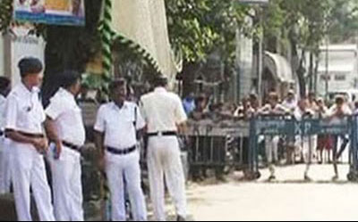Indian Navy moves two warships away from Kolkata port after terror alert